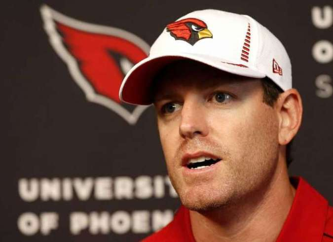 "Here's Carson Palmer saying ""start me."""